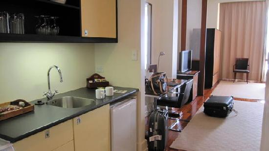 kitchen pantries granite counter tops 开放式厨房和茶水间 picture of heritage auckland central