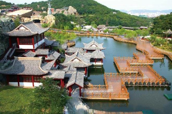 Image result for The Legends of the Gods, Huaxiacheng Tourism Scenic Area, Weihai Huaxia City, Shandong, China