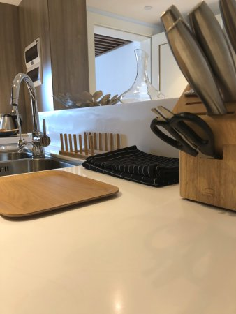 kitchen appliance table tops 公寓配备厨房用具 picture of tianfu square serviced suites by lanson place