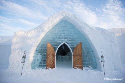 Amazing Ice hotel in canada