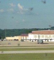 Charleston Yeager Airport Crw West Virginia Tripadvisor