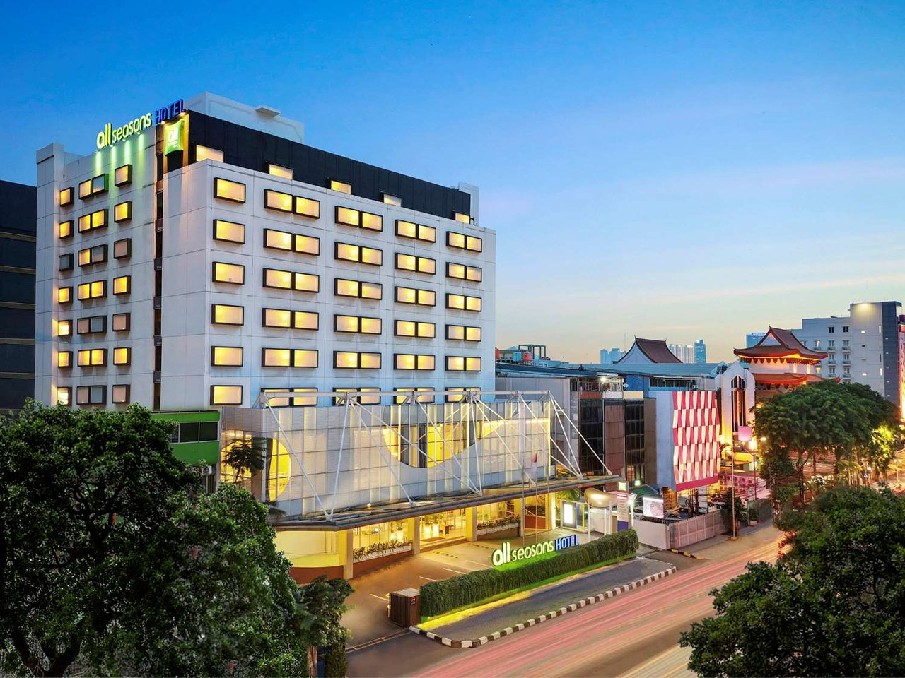 The 10 Closest Hotels To Gajah Mada Plaza Jakarta