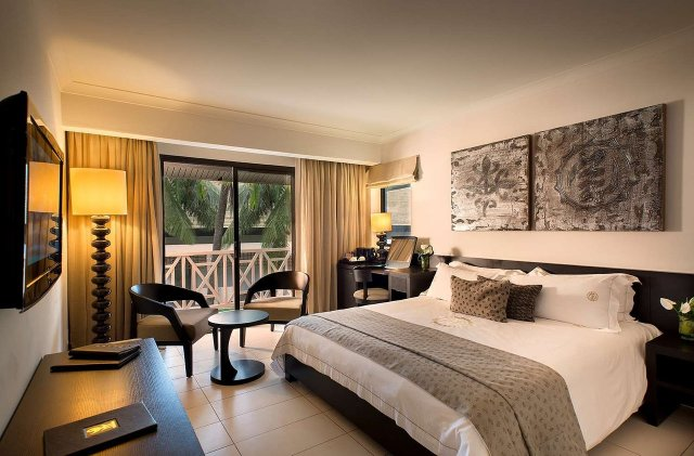 Mfoni mbuayɛ ɛma labadi beach hotel accra