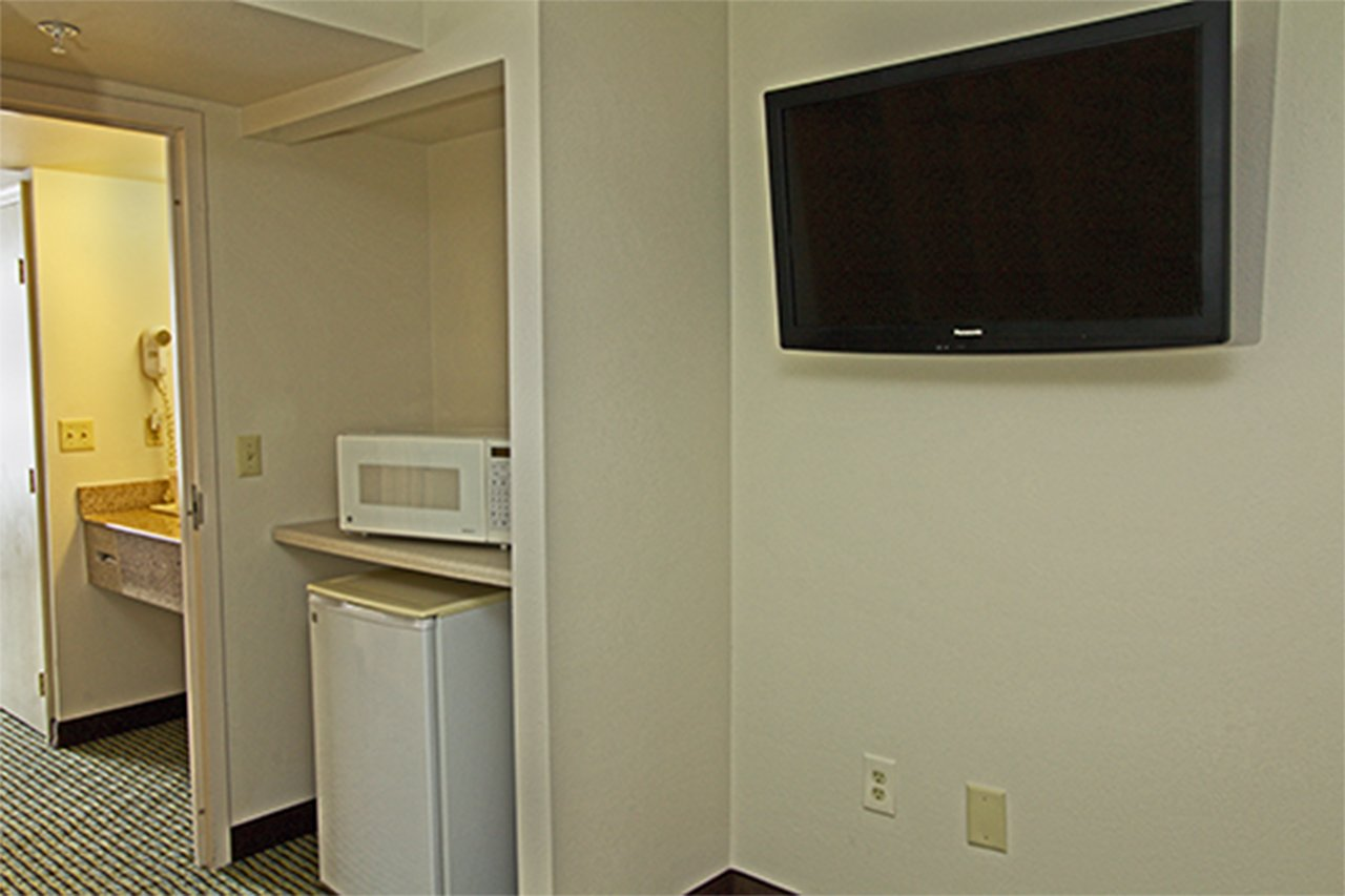 Quality Suites Lake Wright Norfolk Airport 67 3 3 5