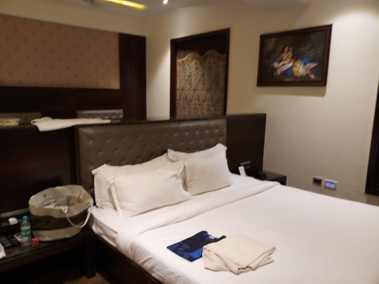 Hotel The Royal Bharti Vrindavan Hotel Reviews Photos