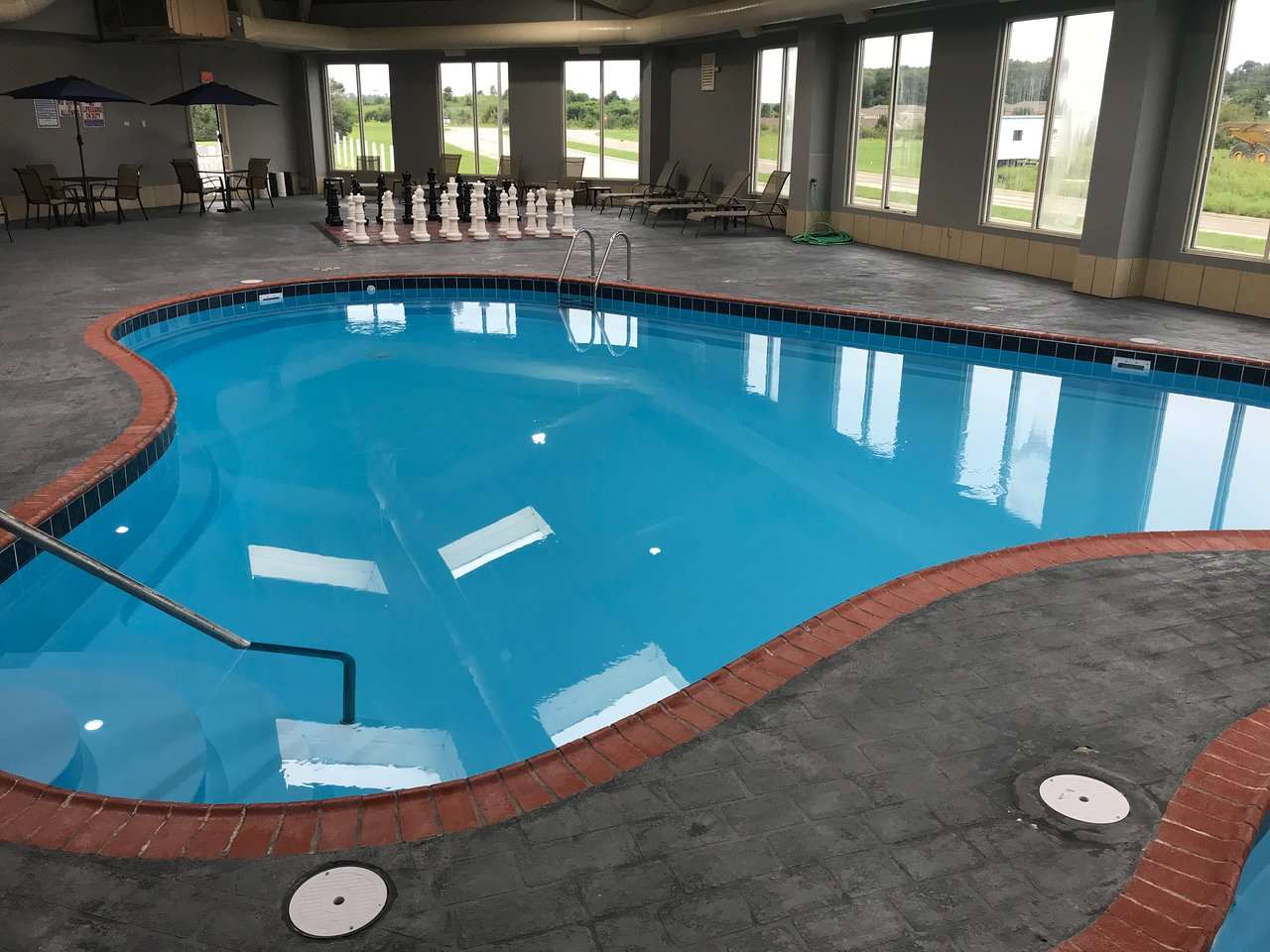 Quality Inn And Conference Center 52 7 2 Prices
