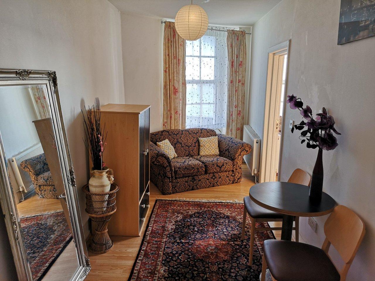 Luxury Furniture Eso