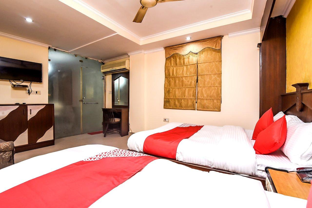 Oyo 18829 Ratan Deep Prices Hotel Reviews New Delhi