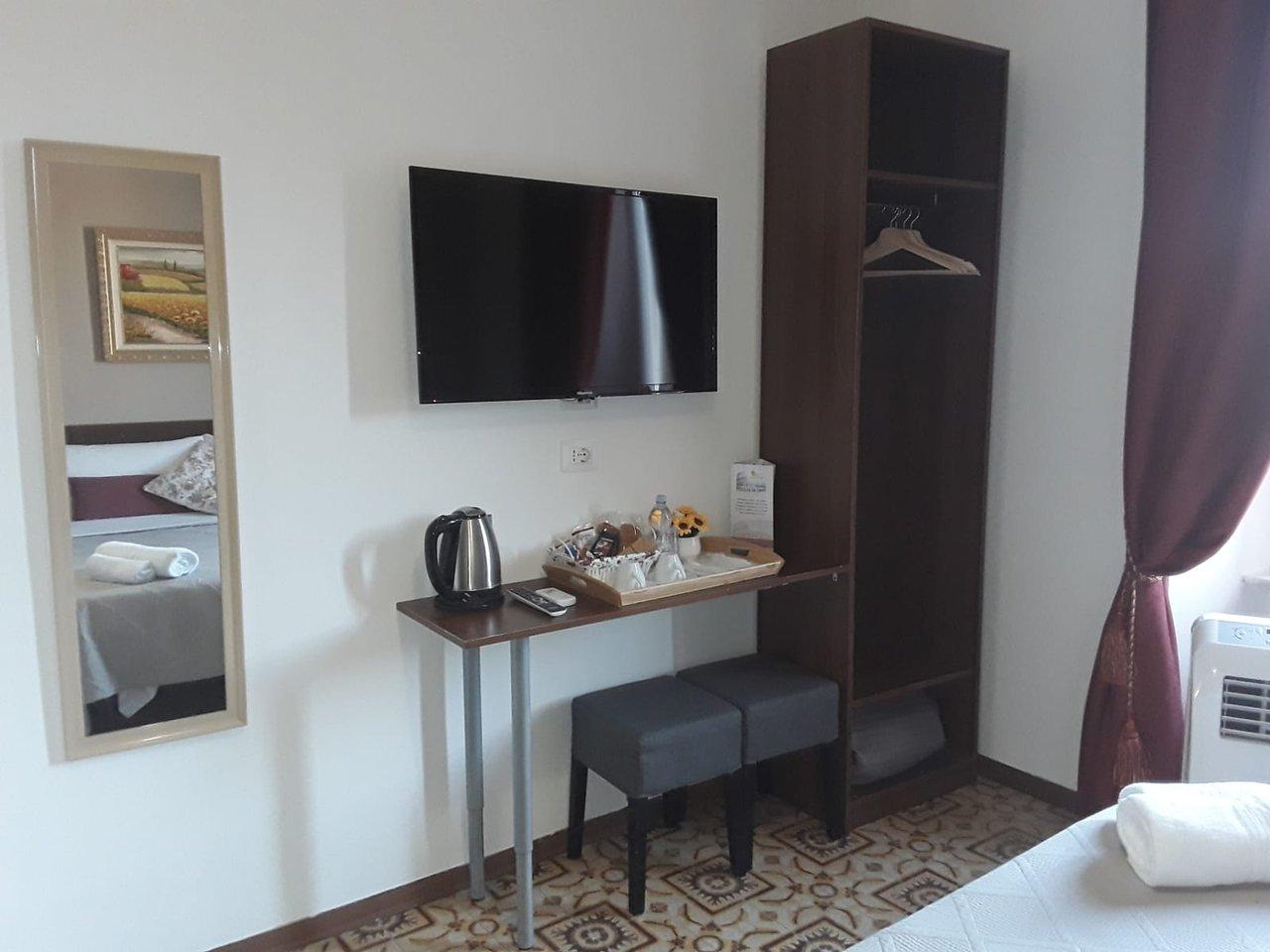 B B Girasole Viii 37 4 9 Prices Guest House