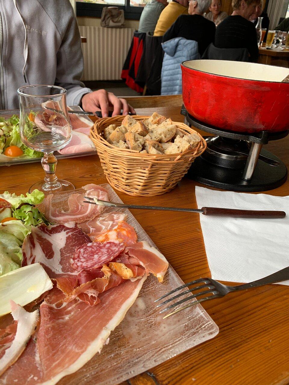 Diots de Savoie sauce aux tomates séchées et au vin rouge