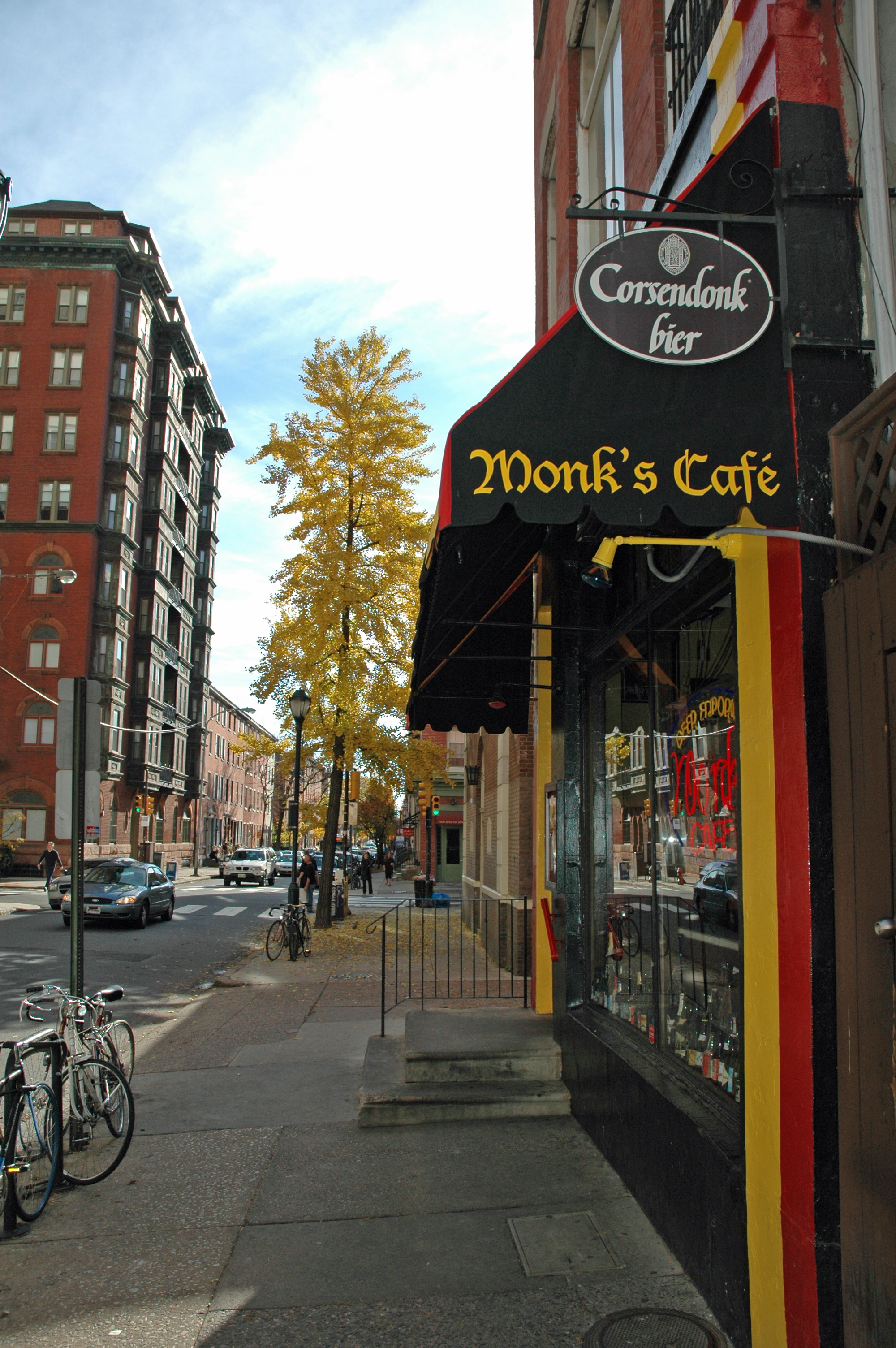 Monk\'s Cafe