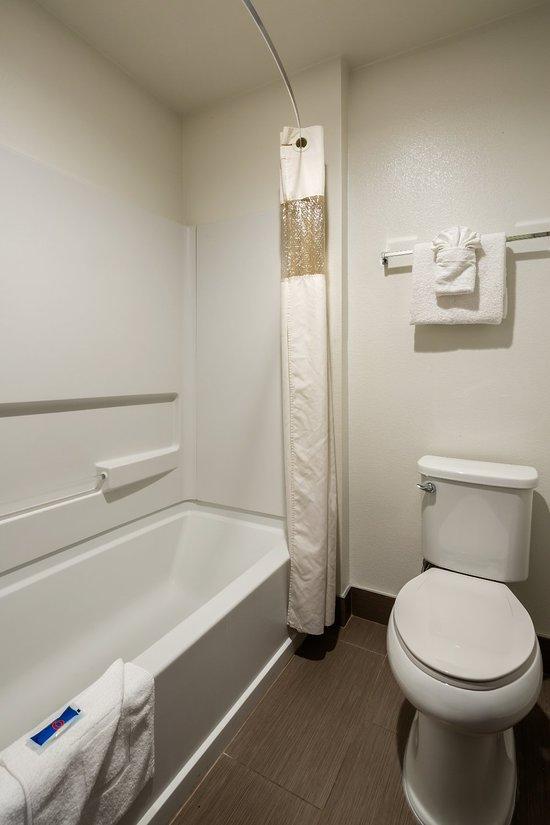 motel 6 canoga park 106 1 5 5
