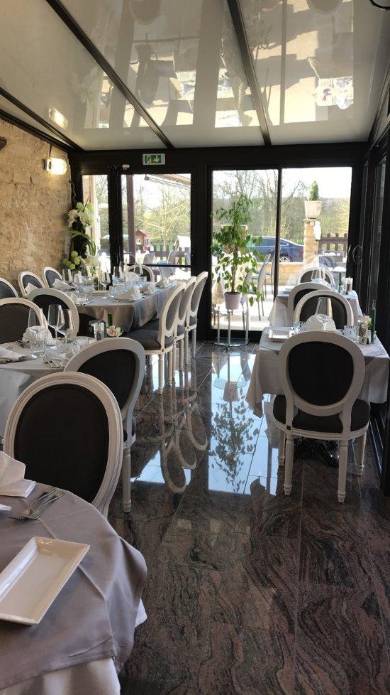 Le Marronnier Hotel Buffon France Voir Les Tarifs 50
