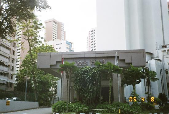 Front View Of York Hotel Picture Of York Hotel Singapore