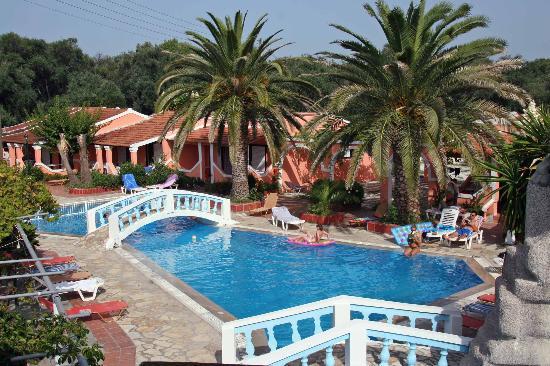 Blue Lagoon Holiday Apartments Pool Area 2