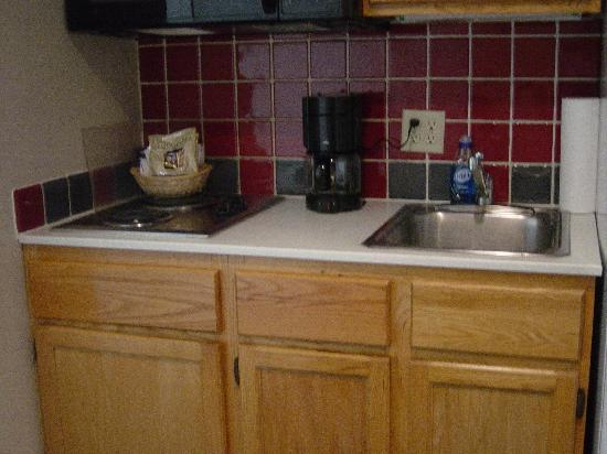 Kitchen Cabinets Sink Stove Top Picture Of Water's Edge Resort