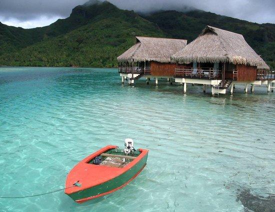 Bora Bora, Polinesia Prancis: Over-the-water Bungalows