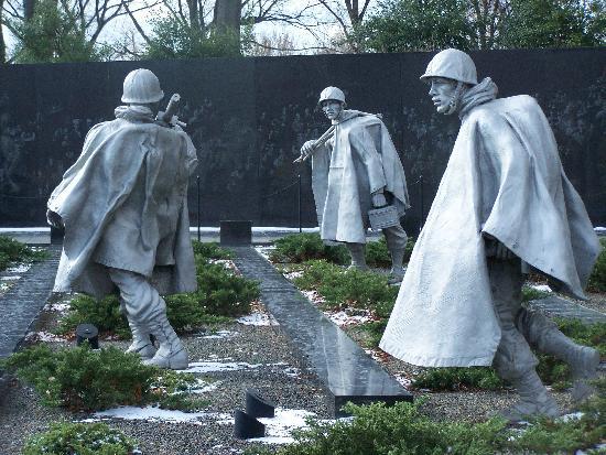 Seattle Washington In Fall City Night Wallpaper Day Time Korean War Memorial Picture Of Korean War