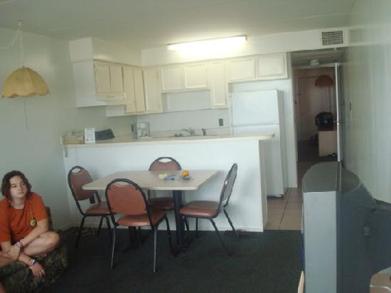 Living RoomKitchen  Picture of Sandman Motel Suites