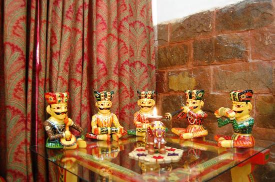 Inn At Delhi Ethnic Indian Decor
