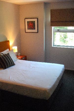 nice clean bedroom bed