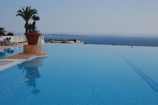 The Fabulous Pool Picture Of Pierre Vacances Residence