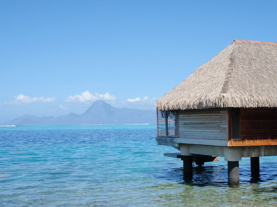 https://i0.wp.com/media-cdn.tripadvisor.com/media/photo-s/01/2b/50/72/intercontinental-tahiti.jpg