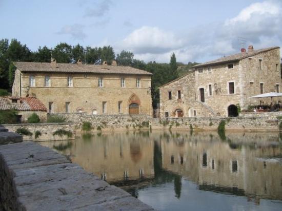 Bagno Vignoni Orto Delle Terme