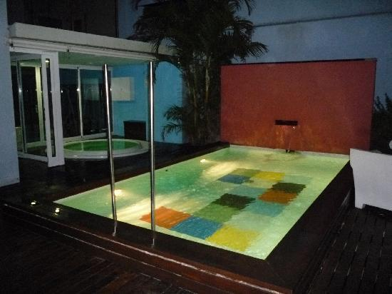 Axel Hotel Barcelona : Rooftop Pool & Jacuzzi