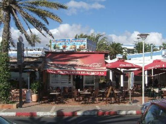 Restaurant Herguita, on Avenue Tawada, Agadir, facing the beach
