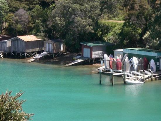 rocky bay boat houses Picture of Waiheke Island