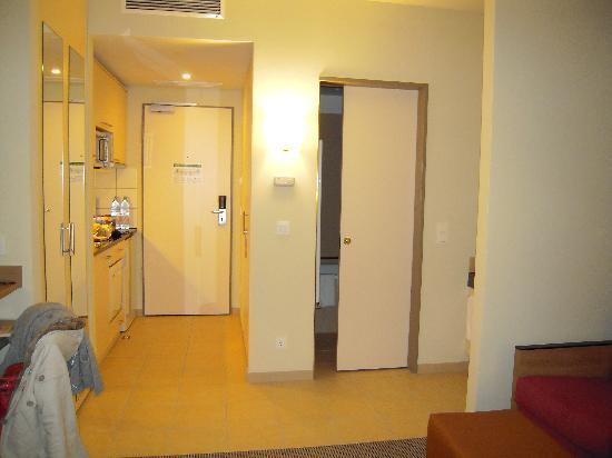 Citadines Arnulfpark Munich Studio Apartment Sliding Door To Bathroom