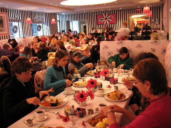 American Girl Lunch Reservations
