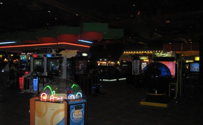 Dave Buster S Miami Restaurant Reviews Phone Number