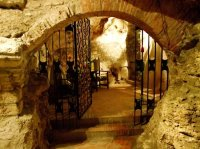 Faust Wine Cellar (Budapest) - 2019 All You Need to Know ...