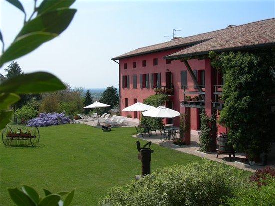 CASA ROSSA AI COLLI  Prices  BB Reviews Ragogna Italy