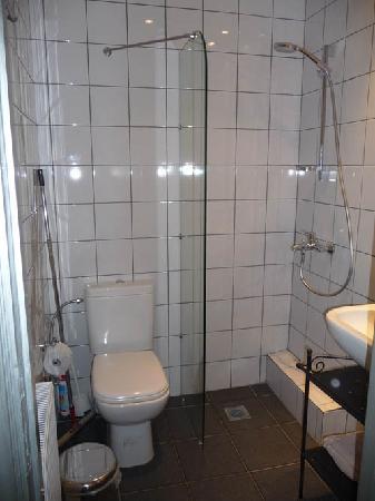 deluxe couple bathroom small needs