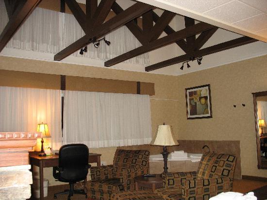 Open beam ceiling  Bild von BEST WESTERN PLUS Sun Country