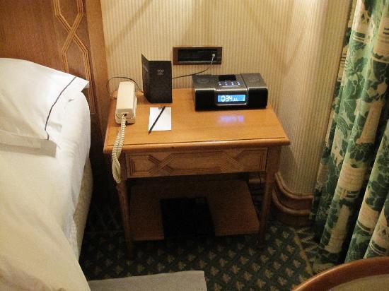 Most Inspiring Alarm Bedside - bedside-table-alarm-clock  Pic_764431.jpg