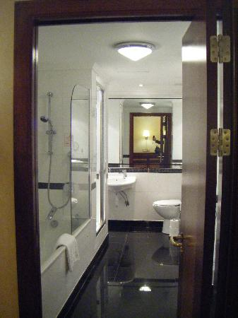 england sofas reviews bobs sofa beds bathroom - picture of grange city hotel, london tripadvisor
