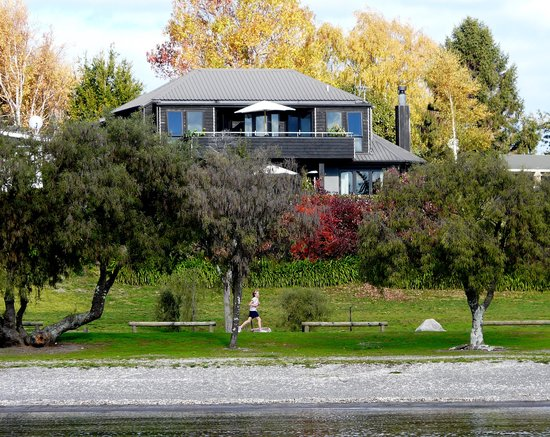 The 10 Closest Hotels To Wharewaka Lodge Taupo