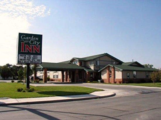 Garden City Inn Updated 2020 Prices Hotel Reviews Ks Tripadvisor