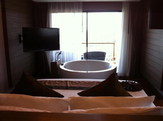 novotel phuket kata avista resort and spa suite chambre avec baignoire