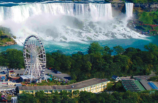 https://i0.wp.com/media-cdn.tripadvisor.com/media/photo-s/01/c8/f6/ca/1-block-to-the-falls.jpg