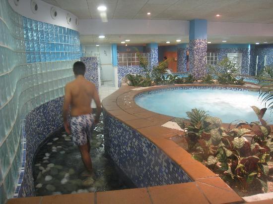 Spa pediluvio y piscina cuello de cisne  Picture of Almunecar Province of Granada