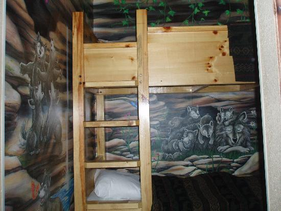best sofa deals canada italsofa leather uk bunk bed - picture of great wolf lodge, niagara falls ...