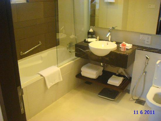 Master bedroom toilet  Picture of PARKROYAL Serviced