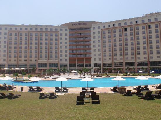 Mfoni mbuayɛ ɛma Mövenpick Ambassador Hotel Accra