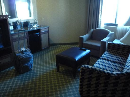 wine country living room set bedroom is seperate private picture of embassy suites by hilton temecula valley