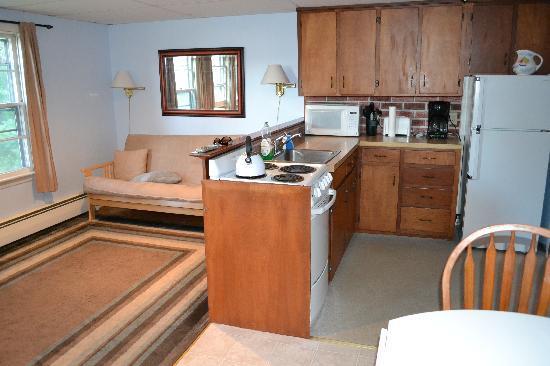 The Cape Porpoise Motel Efficiency Apartment Living Room 2